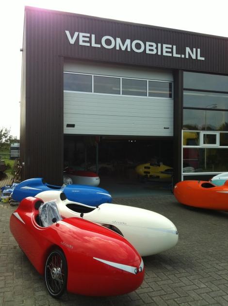 Velomobielen.nl leveren de Strada en Quest (XS). Deze velomobielen zijn zeer geschikt voor kampeertochten.