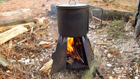 Vargo Hexagon wood stove in actie