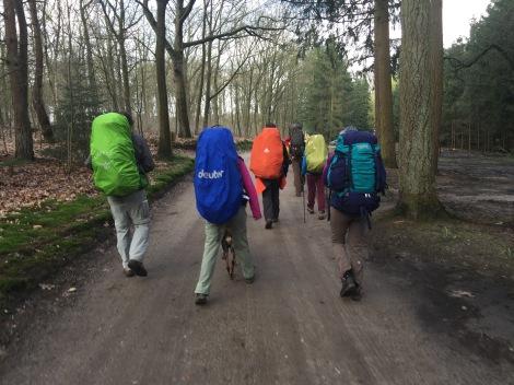 De Rugzaklopers gaan op pad vanaf natuurkampeerterrein Quadenoord