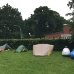 V.l.n.r. Theo v. G, George K. en onze tent