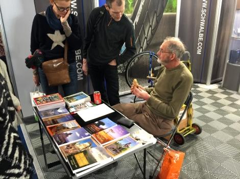 Frank van Rijn in een hoekje van de Schwalbe-stand